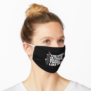 Adjustable face mask for adults